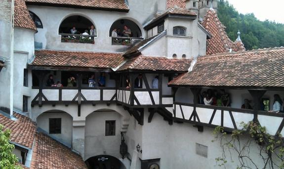 bran castel romaniapozitiva