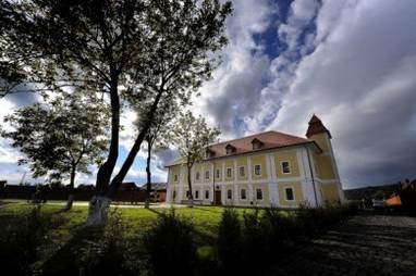 Castel Haller_Ogra