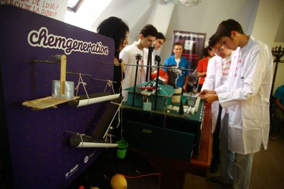 Concursul CHAIN REACTION_Colegiul National Grigore Moisil