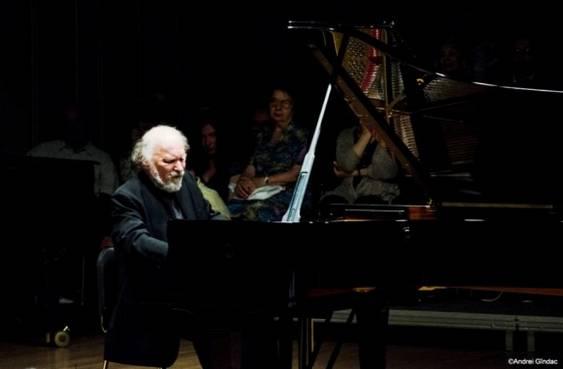 Laureat al Concursului George Enescu in anul 1967, cunoscutul pianist Radu Lupu a urcat pe scena Festivalului Enescu chiar in luna septembrie a anului trecu