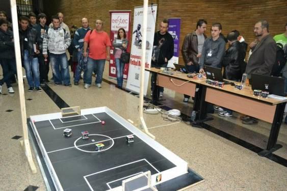 fotbal robotic poza 1