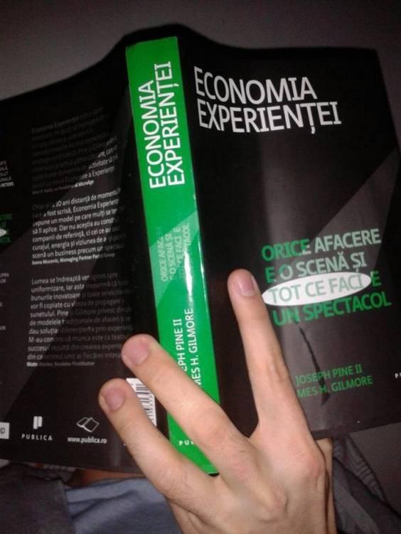 economia experientei