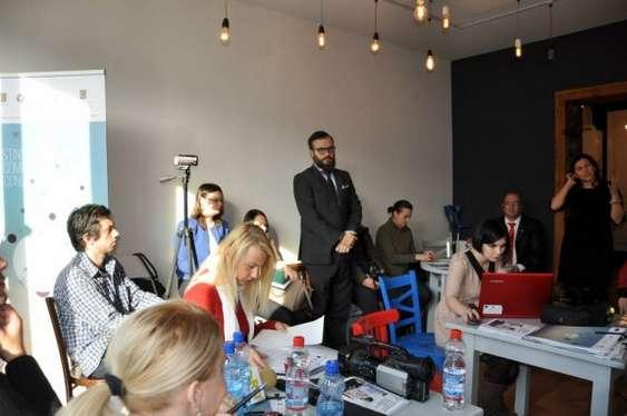 Foto 2 - Conferinta de lansare SUCCES