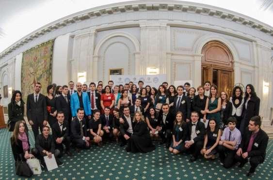 Voluntari Gala LSRS_foto Arhiva LSRS