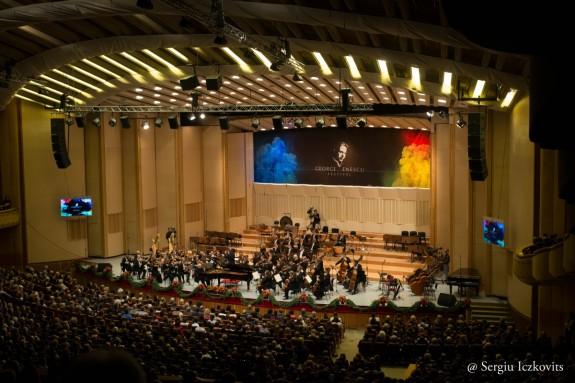 Royal Concergebouw AMSTERDAM  pe scena Festivalului Enescu 2013  Credit Sergiu Iczkovits