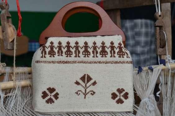 geanta artizanala lucrata de antreprenor vasluian