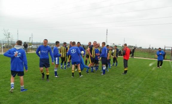 Foto meci fotbal_Isalnita_04
