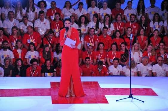 Iuliana Tudor, prezentator Gala Crucea Rosie