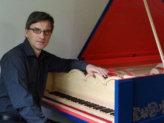 Sławomir_Zubrzycki - Viola_organista