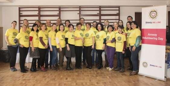 Ziua Voluntariatului Amway, Scoala 114, 4 dec (1)