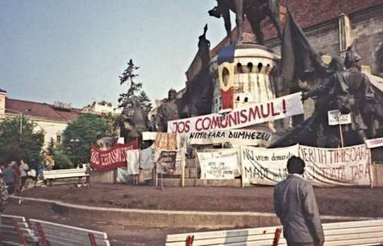 cluj jos comunismul