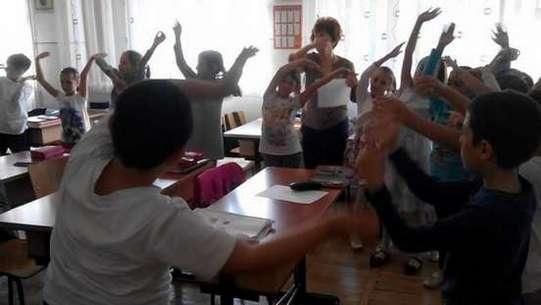 Fundatia Noi Orizonturi - Activitate in clasa3