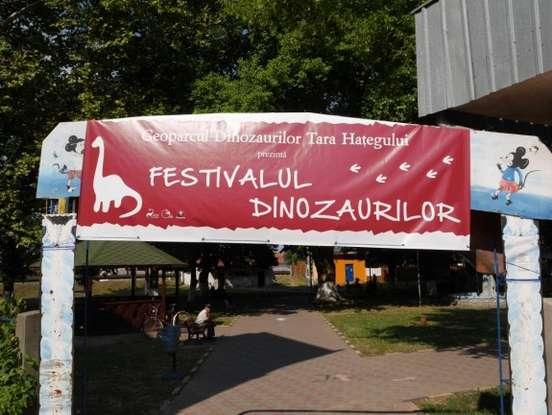 Festival Dinozauri1