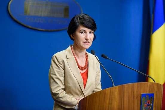Ministrul Violeta Alexandru