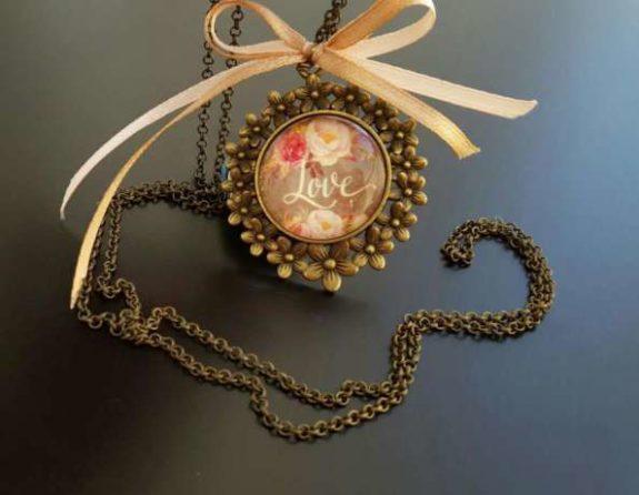 90652874_3_644x461_handmade-medalioane-vintage-coliere-pandantive