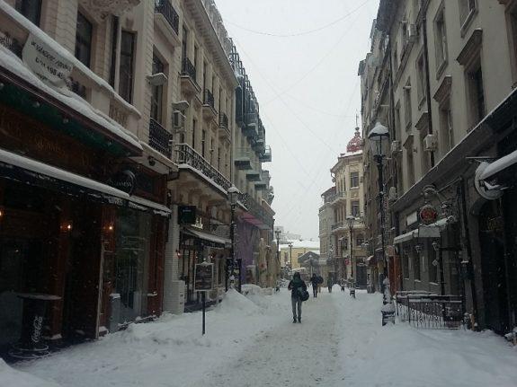 iarna-pe-uliza-smardan-romaniapozitiva-2017