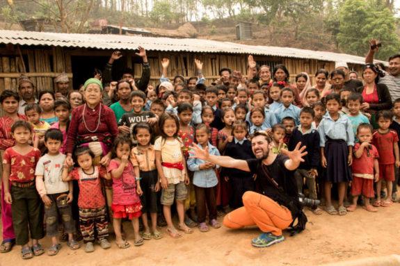 joy4Nepal Alex Gavan scoala temporara Gorkha 2