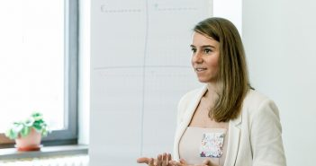 atelier online vorbire in public